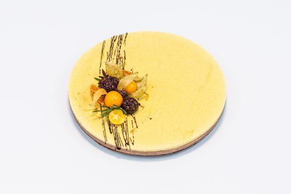 """Вегетарианский торт """"Апельсин-Шоколад"""" - Состав десертов кондитерской Sweet Green в Минске"""